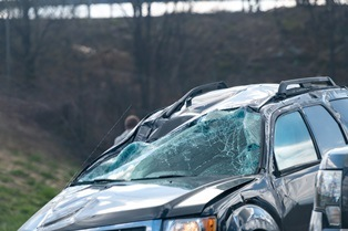 Rollover accidents and crushed roof injuries