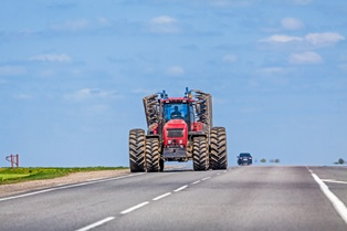 Vehicle accidents with farm equipment Neblett, Beard and Arsenault