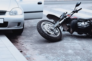 Open car doors and motorcycle accidents