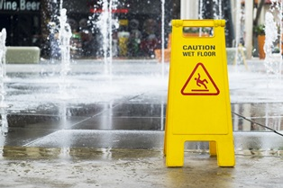 Wet floor signs and liability
