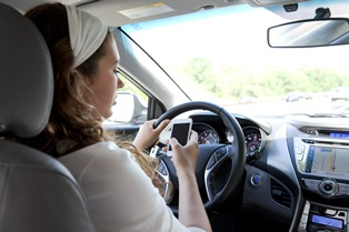 distracted driving behaviors in Florida