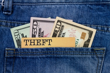 Theft Note With Money in a Back Pocket