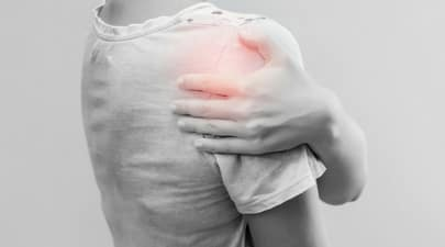 How much should a settlement be for a rotator cuff injury?
