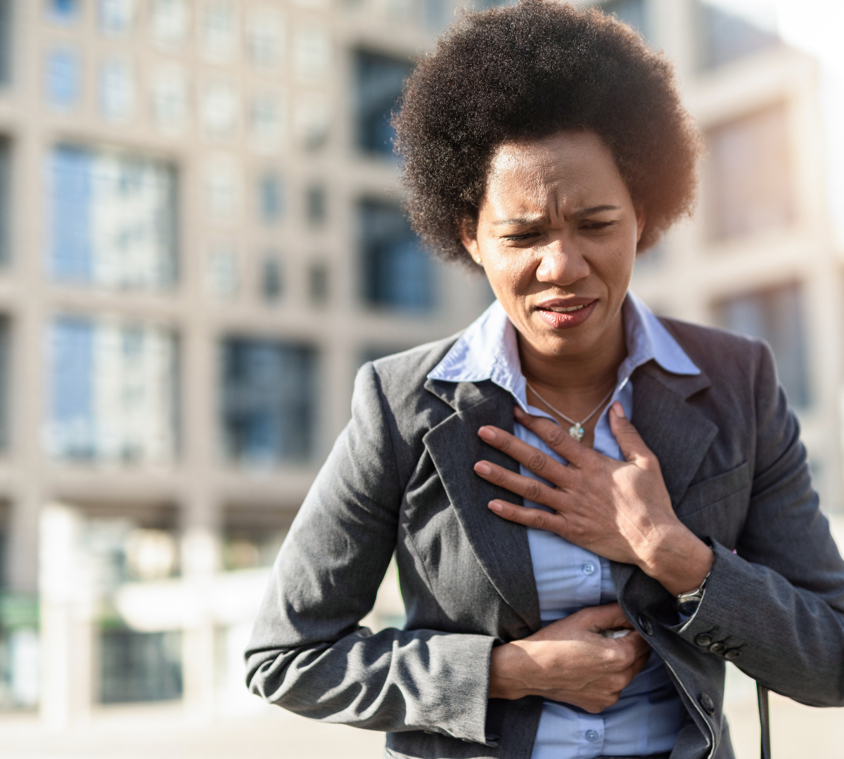 A chest injury can cause a variety of different ailments, including fractured or broken ribs and lung damage.