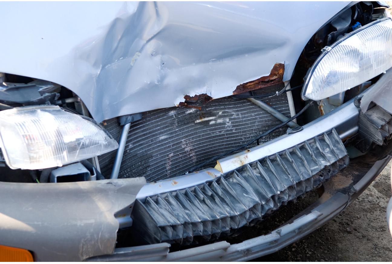 Car crash with unclear liability