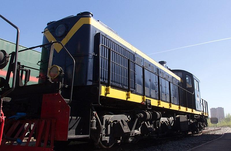 https://commons.wikimedia.org/wiki/File:TE1-20-135_Diesel_Locomotive,_Oktyabrskaya_Railway_Museum_-_panoramio.jpg