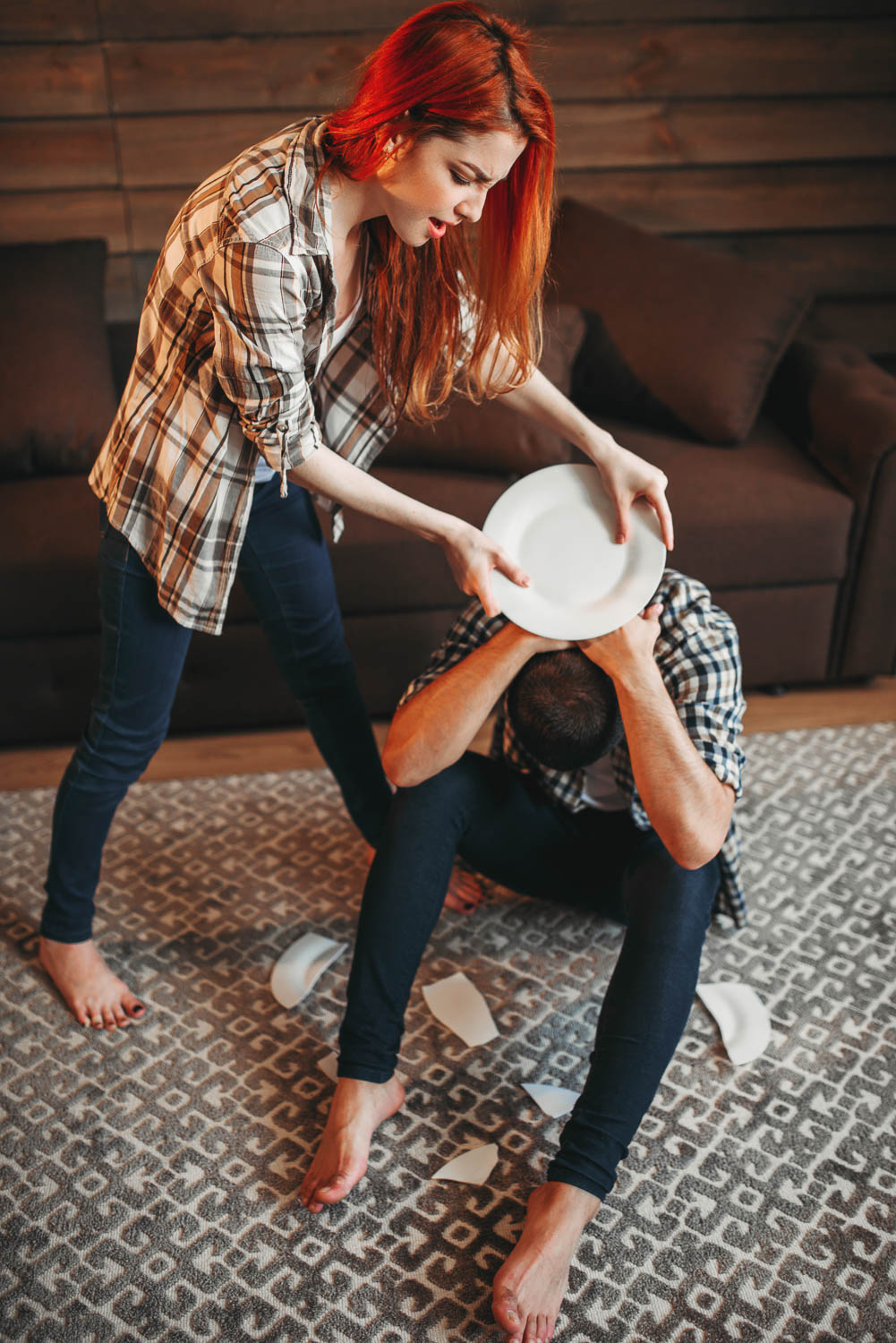 simple assault charges can happen quickly, but you need a fort lauderdale defense attorney to defend your simple assault charge- such as breaking dishes over someone's head