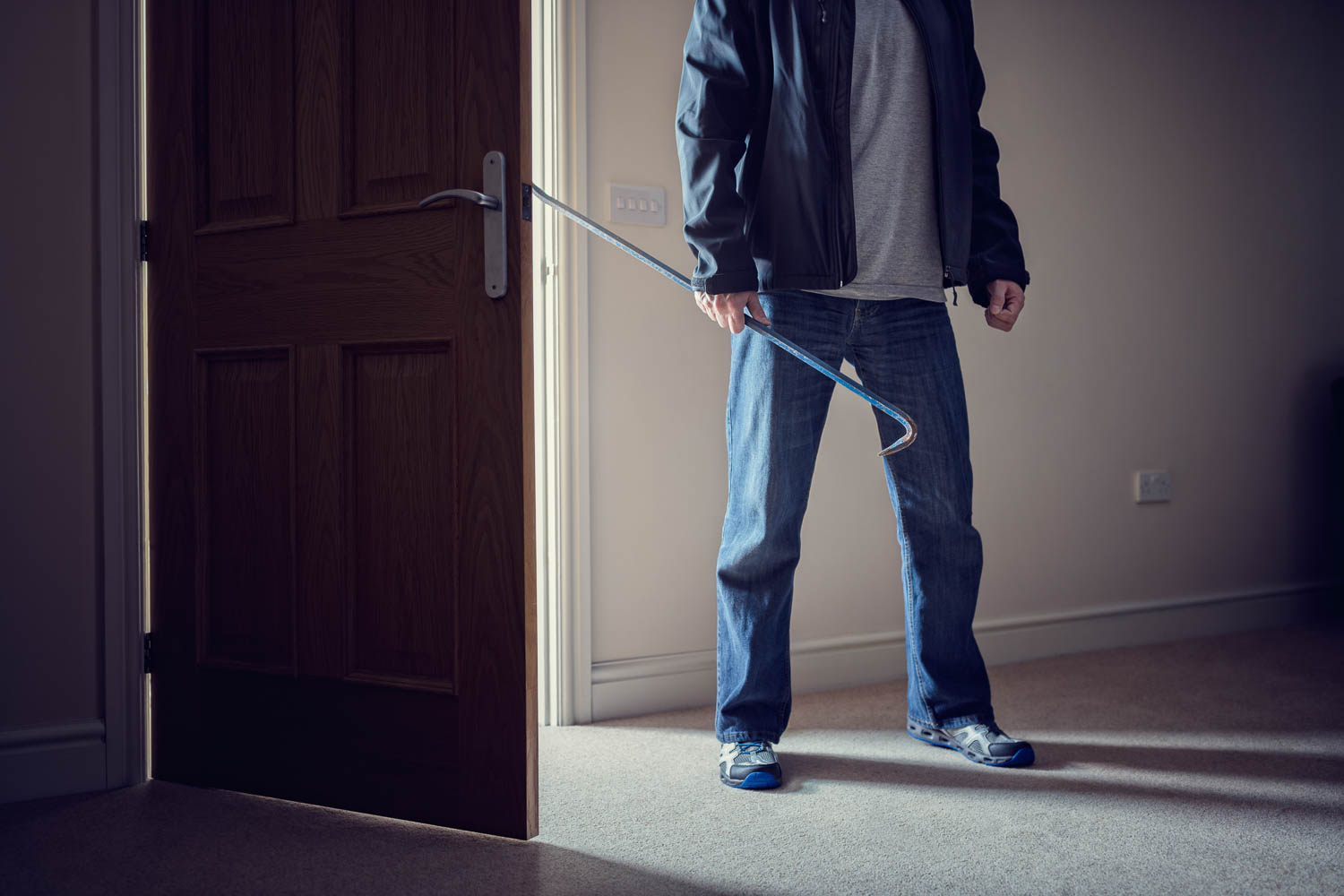 Fort Lauderdale Property Burglary Crimes in Florida include robbery. you'll need a criminal defense lawyer for burglary charges