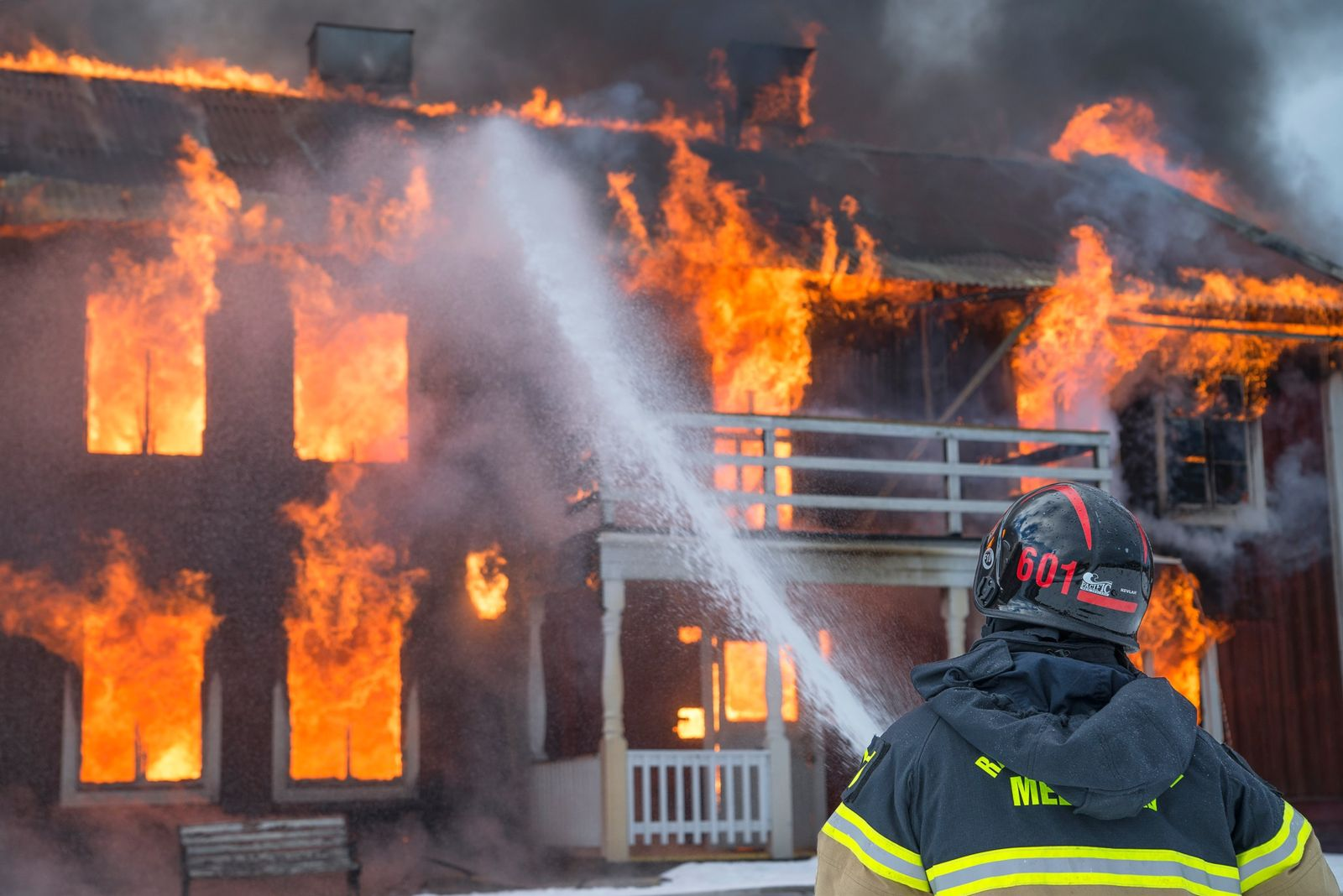 Home insurance claim attorney needed as Florida house fires rise in quarantine and during hurricanes