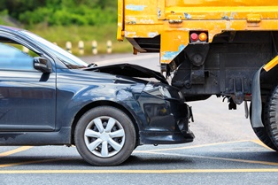 Differences between large truck and crashes