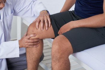 Knee injuries are a common source of a workers' comp claims.