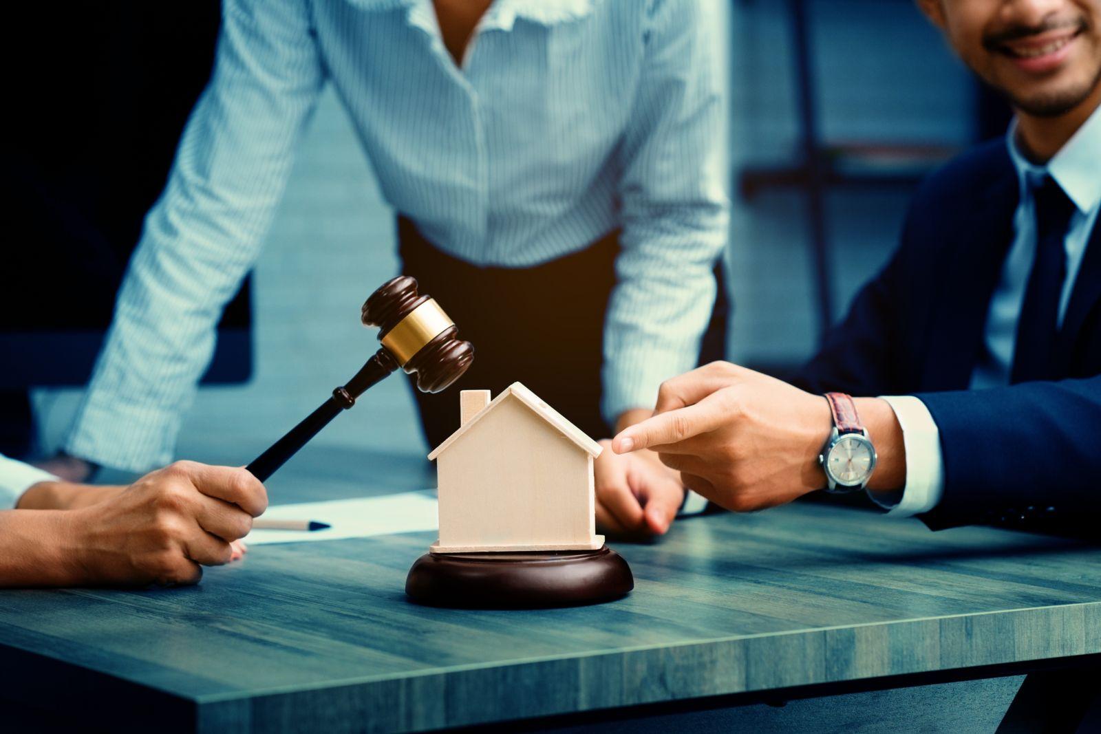 real estate litigation attorney
