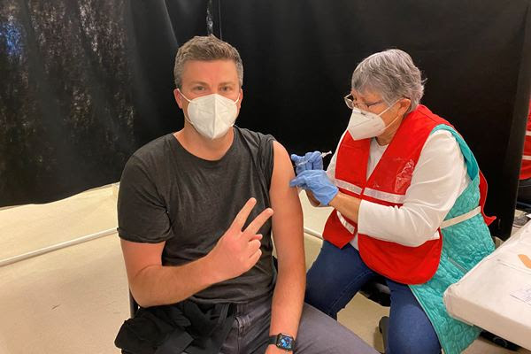 Attorney Kevin McManus getting the COVID-19 vaccine
