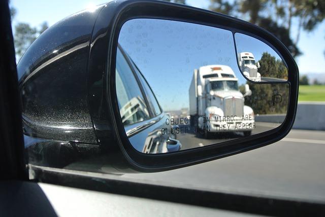 rear end crash truck kansas city lawyer.jpg