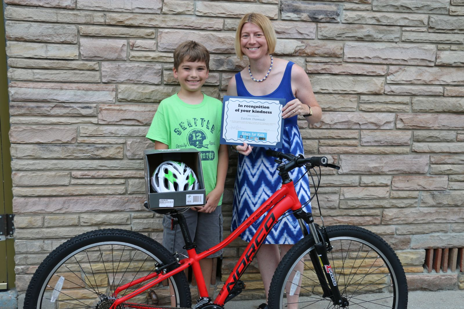 Easton Damude and Renae Gould - Bikes for Kids winner 2016