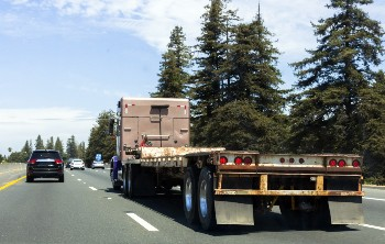 Truck underride accidents can cause severe injuries.