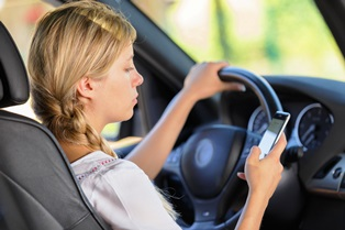 GA cell phone laws while driving