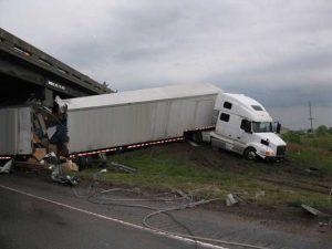 Tractor-Trailer jackknife accident near Atlanta