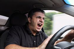 Learn how to avoid the traffic accident risks caused by an angry driver