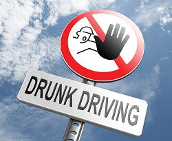 Learn how to identify and avoid a drunk driver on the road