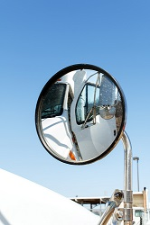 Collisions often result from large truck blind spots