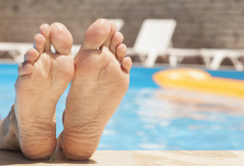Avoid athlete's foot this summer