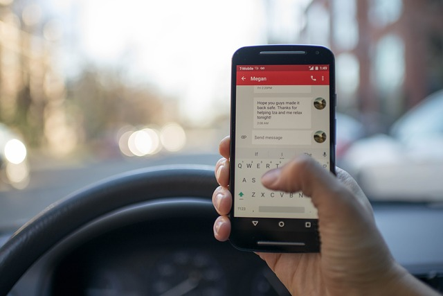 What are the texting and driving laws in Virginia?