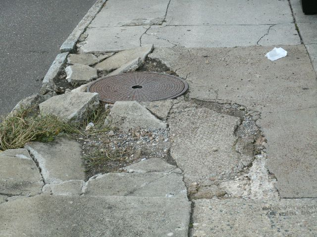 Lansing Broken Sidewalk Injury Lawyer