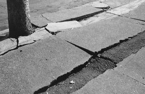 Pontiac Broken Sidewalk Injury Lawyers