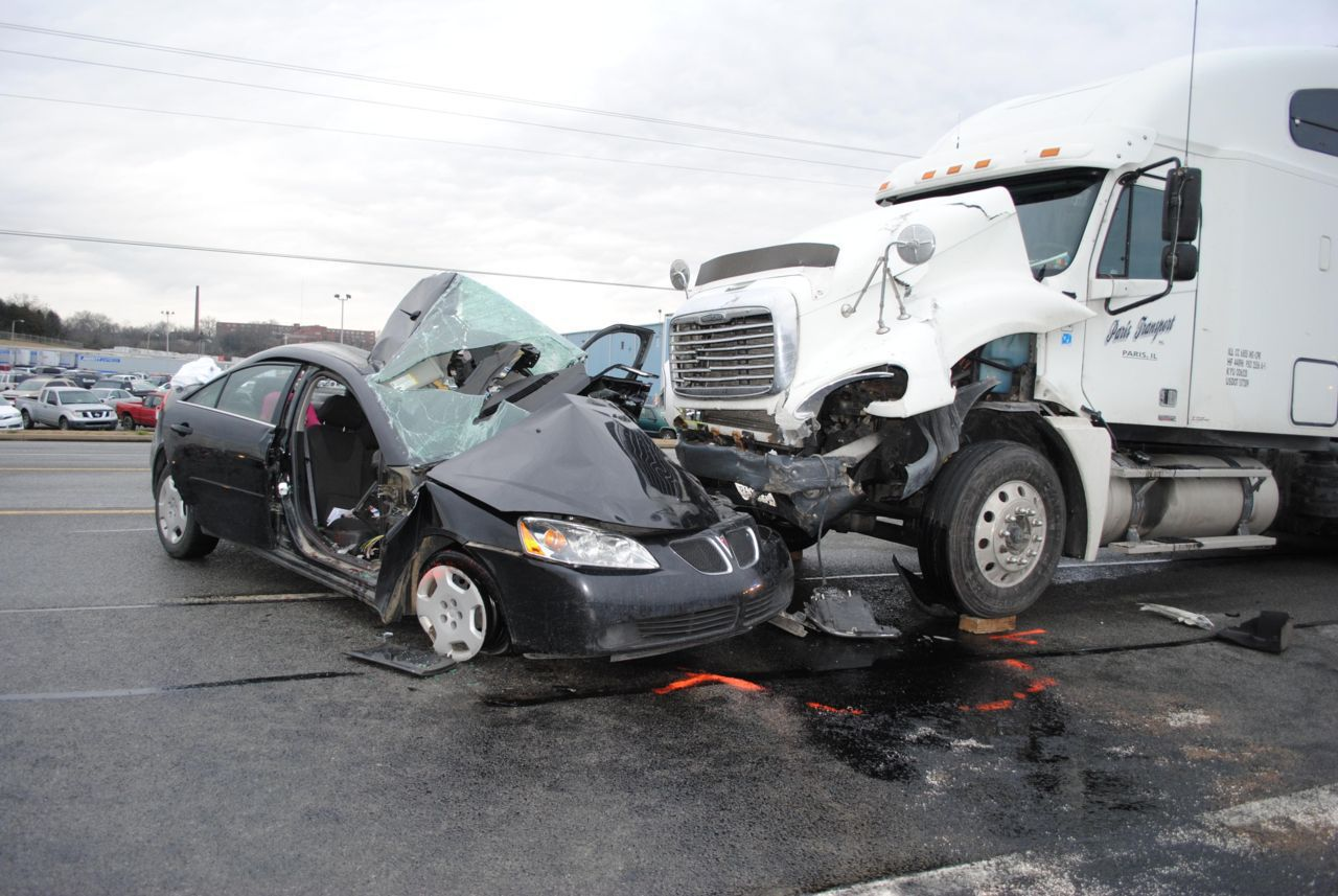 Muskegon Truck Accident Lawyers