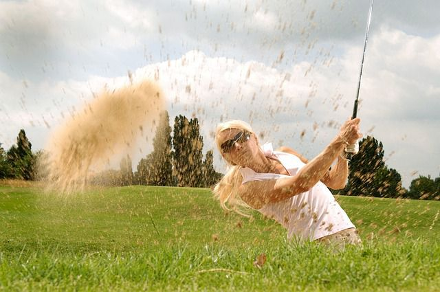 Watch professional golfers at Rancho Mirage!