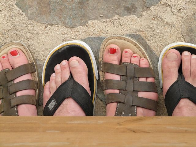 Check your feet for sudden skin changes