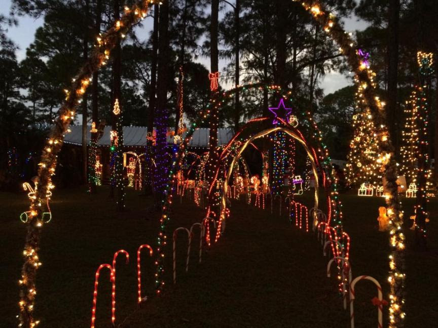 pictured is the home of attorney amber williams parents featuring holiday music and over 60000 lights according to amber it takes her father 3 weeks to