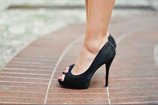 End high heel pain