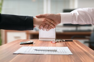 Lawyer making agreement
