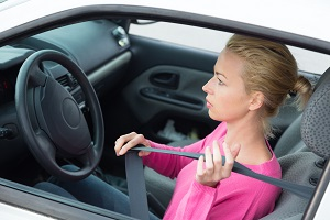 Seatbelt to avoid damages during an accident