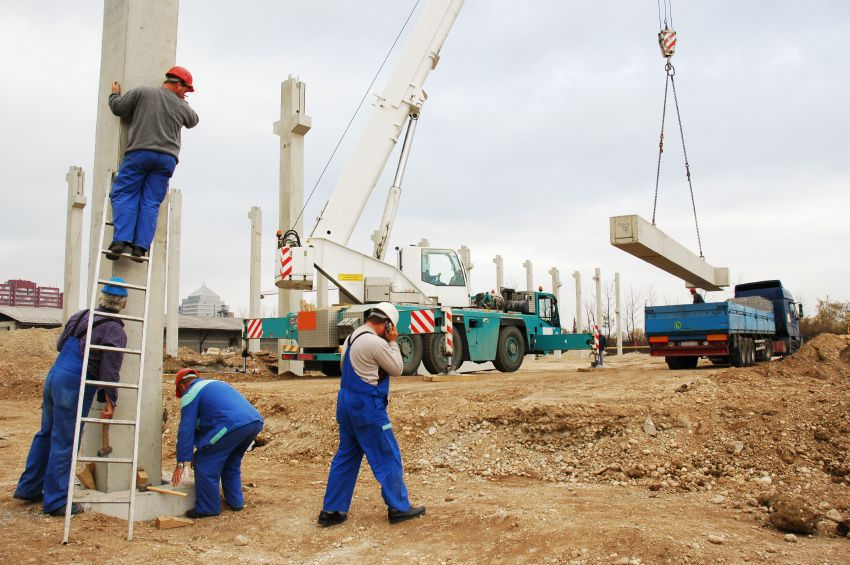 Injured at a construction site? Call our Long Island lawyers to get answers to your questions and discuss your legal options--no obligation or fee. 516-222-4000