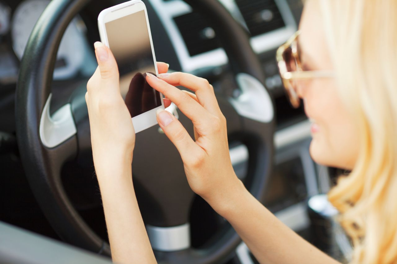 Hurt in An Accident From a Distracted Driver Who Was Texting, Call our Law Firm at 516-222-4000
