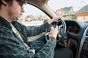 Reduce distracted driving with smartphone technology