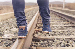 Walking on Tracks