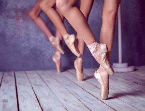 Pointe dancing
