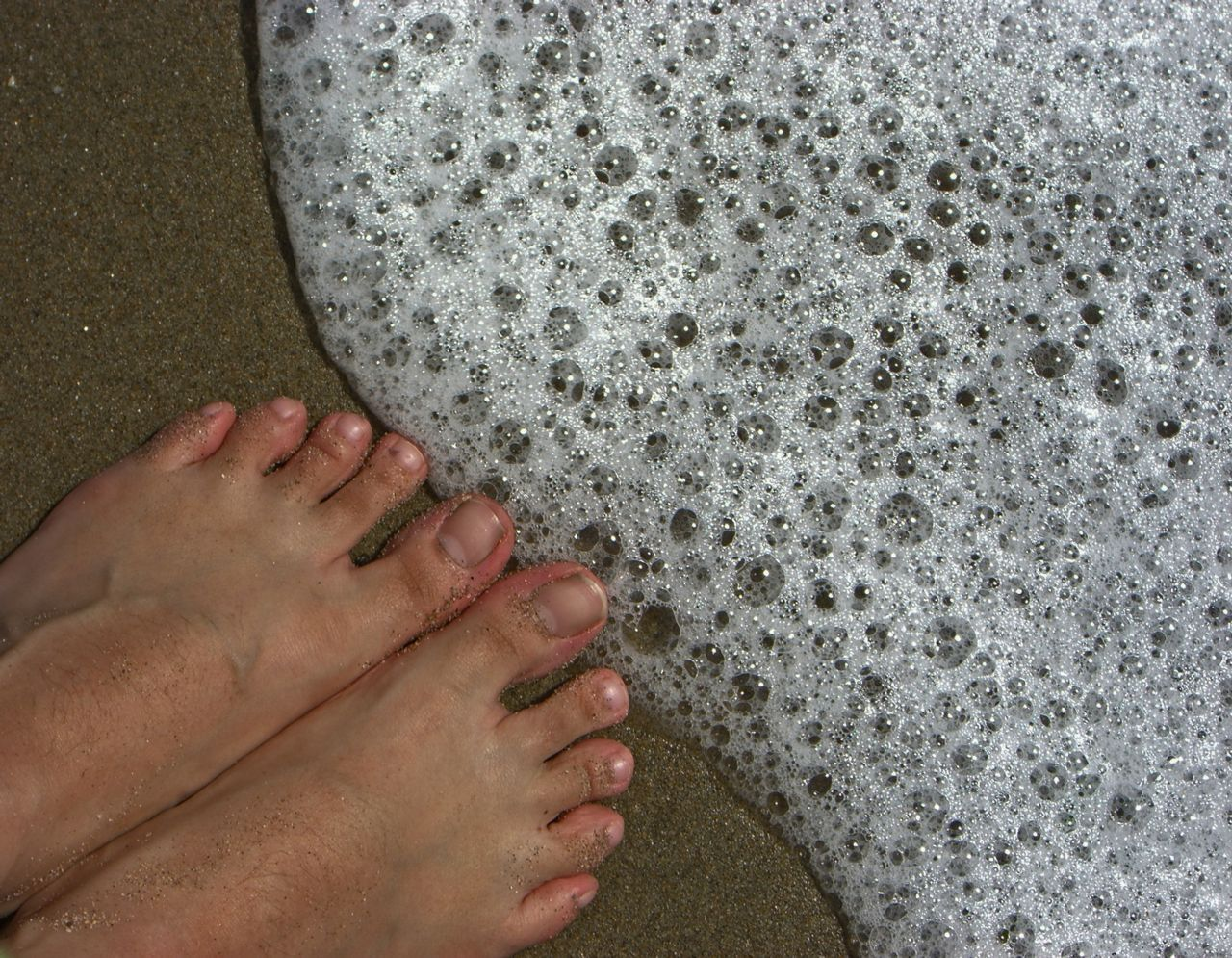 Wash Foot Ulcers with Bubbles