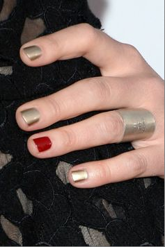 Sarah Bareilles' nail polish