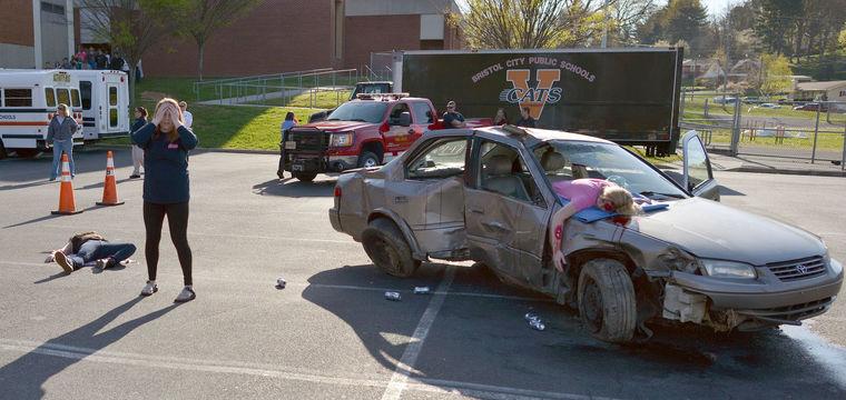 School Stages Mock Drunk Driving Crash Shapiro Amp Appleton
