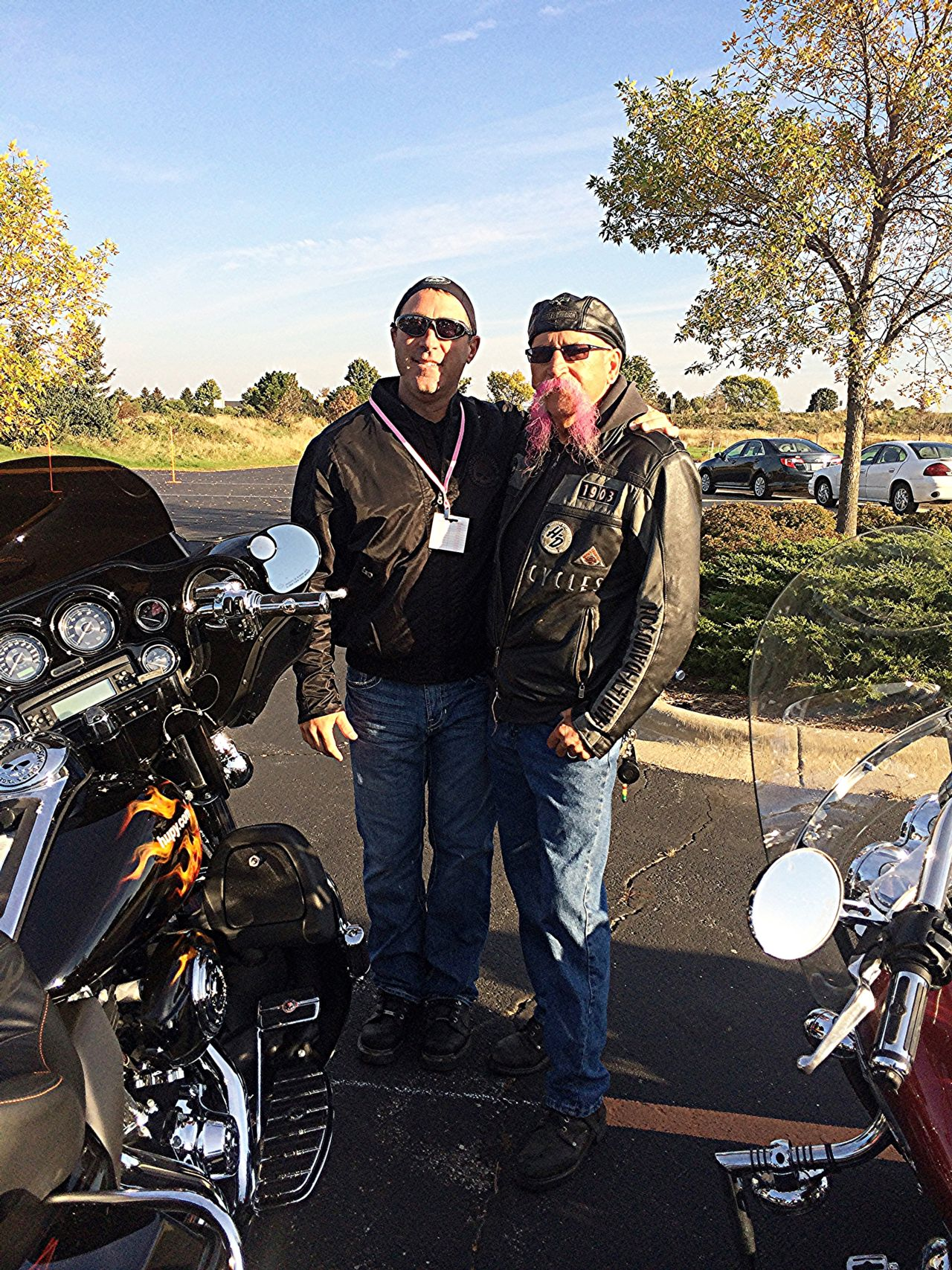 Attorney Jason Abraham riding for Breast Cancer Research