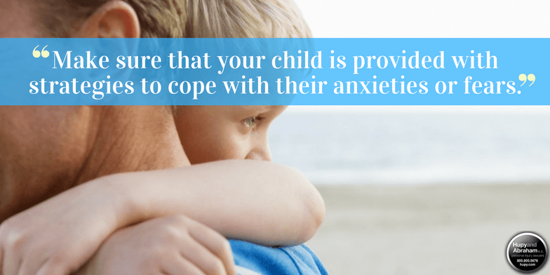 After a dog attack, comfort your child and protect his recovery