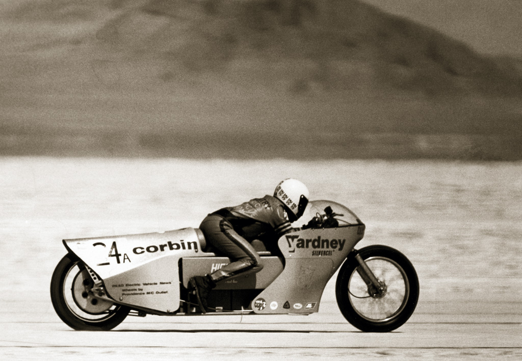 fuel-cell powered electric motorcycle