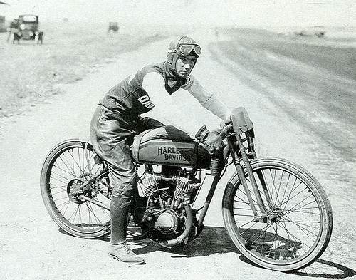 Jim Davis, 1920, Dodge City