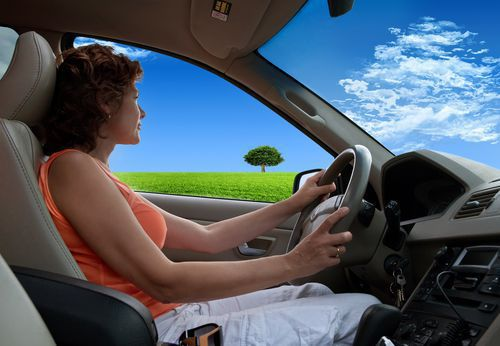 Women are less likely to be involved in a fatal motor vehicle crash.