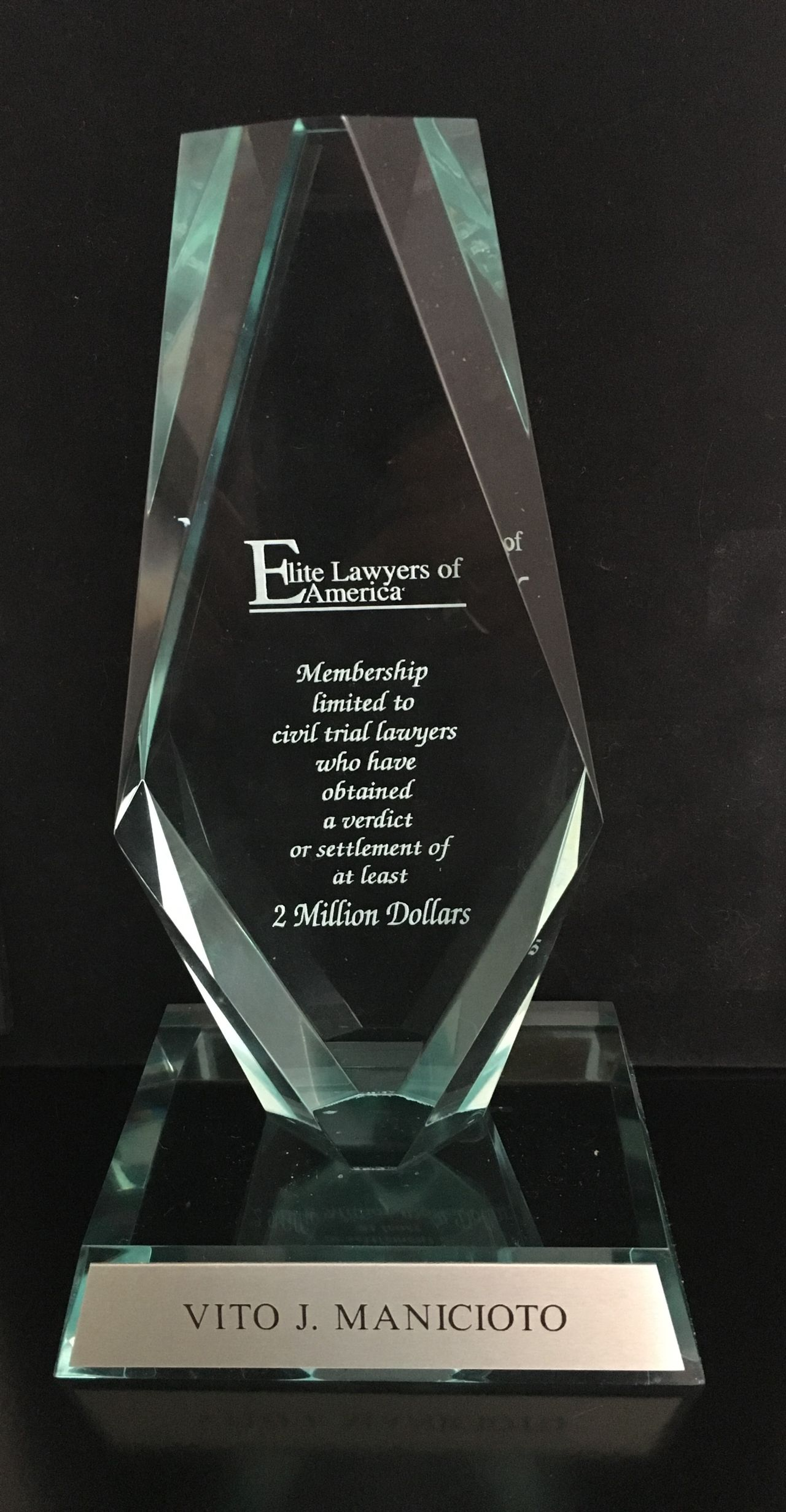 Vito Manicioto Elite Attorney award